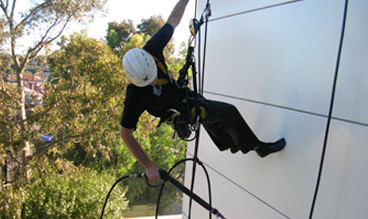 rope-access-building-clean